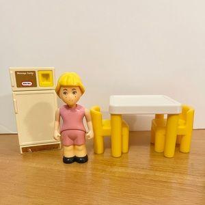 Little Tikes Dollhouse Table Chairs Fridge Girl